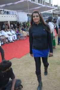 Tashu Kaushik Hot Photos at Crescent Cricket Cup 2012