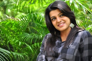 Tashu Kaushik Latest Cute Pics