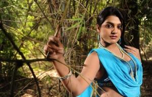 Telugu Actress Tashu Kaushik Latest Hot Pics