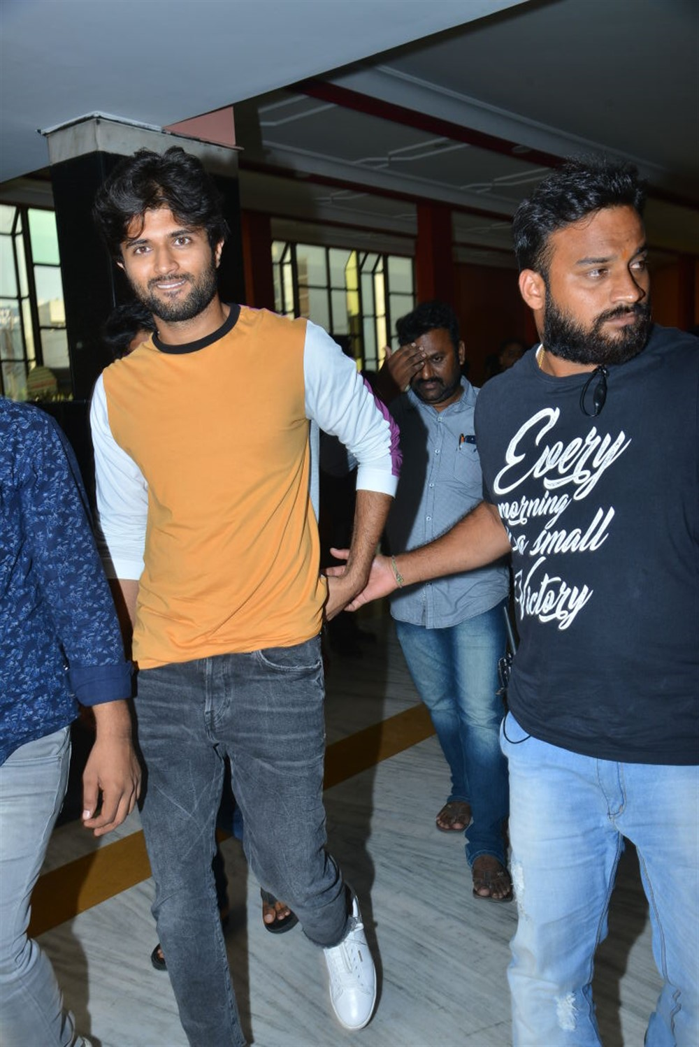 Vijay Devarakonda @ Taxiwala Movie Team at Gokul Theatre Photos