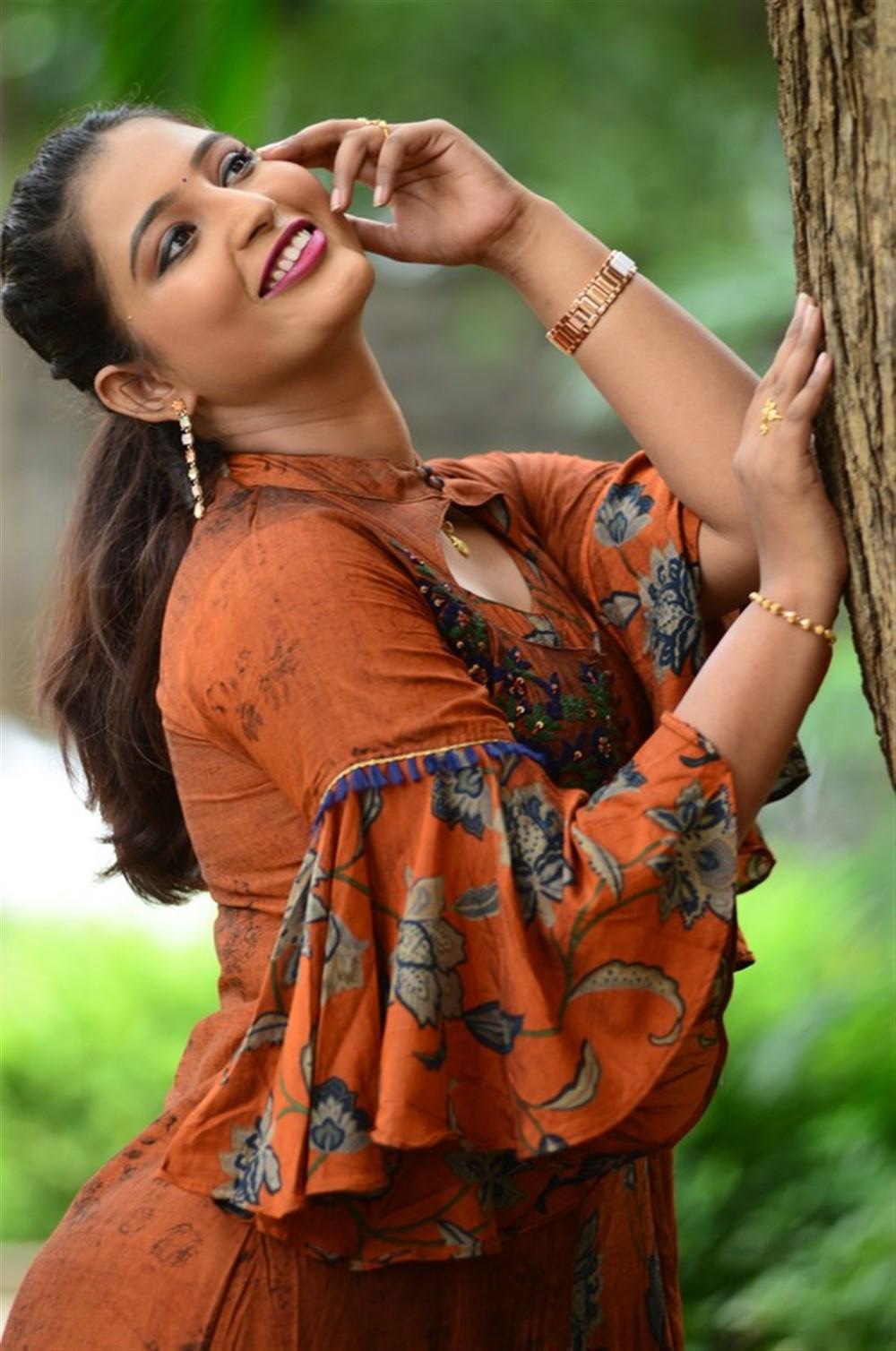 Actress Teja Reddy Stills @ Beach Road Chetan Movie Teaser Launch