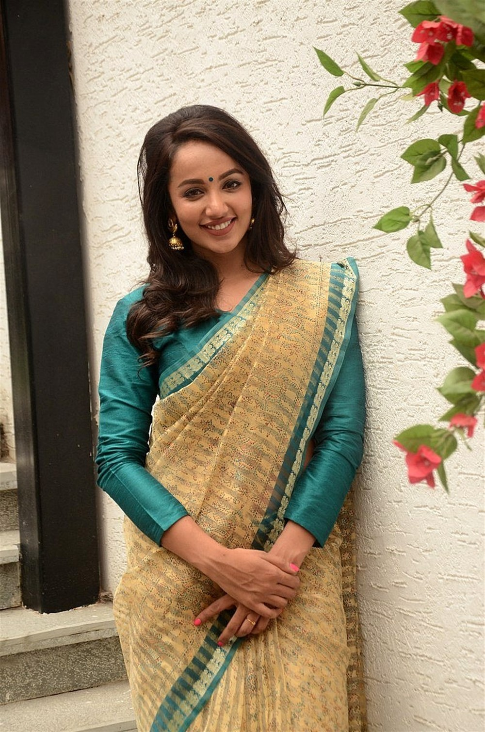 Telugu Actress Tejaswi Madivada Latest Photoshoot Pics