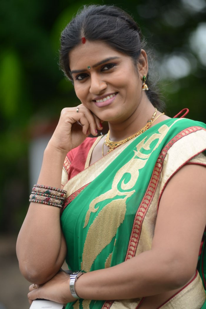 Bhavana Telugu Serial Actress Latest Photos in Saree [ Gallery View ]