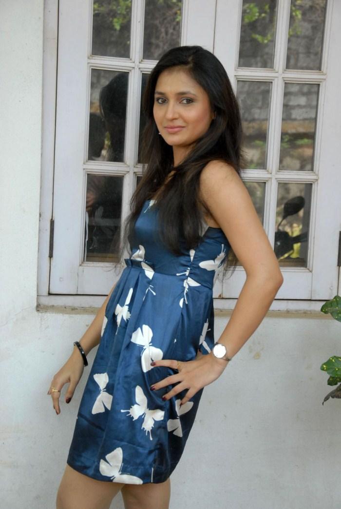 Picture 235035 | Telugu TV Actress Sarayu Latest ...