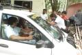 Thadaiyara Thaakka On Location Stills