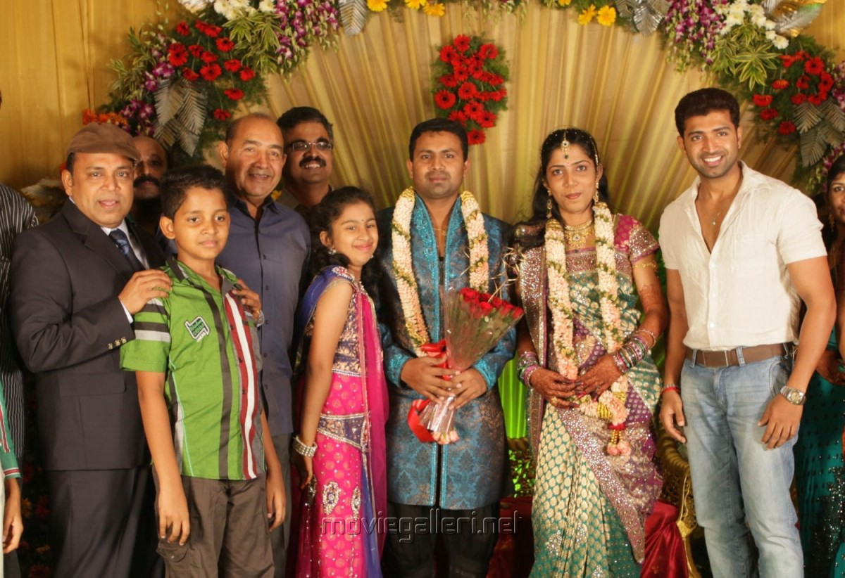 Arun Vijay Family Www Pixshark Com Images Galleries