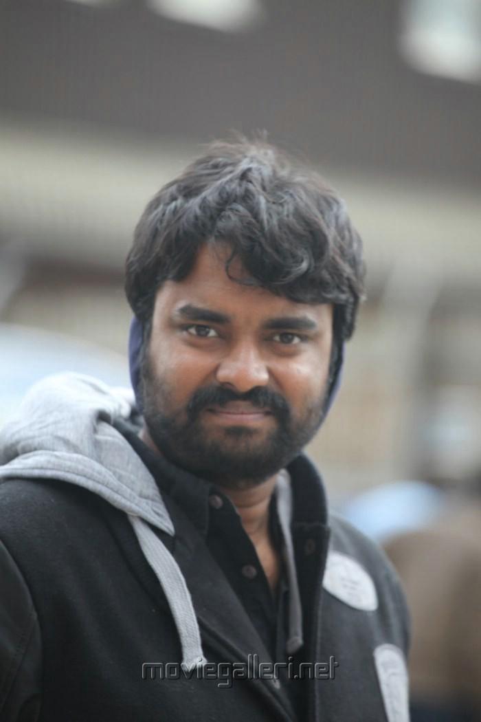 Director AL Vijay at Thandavam Shooting Spot Stills