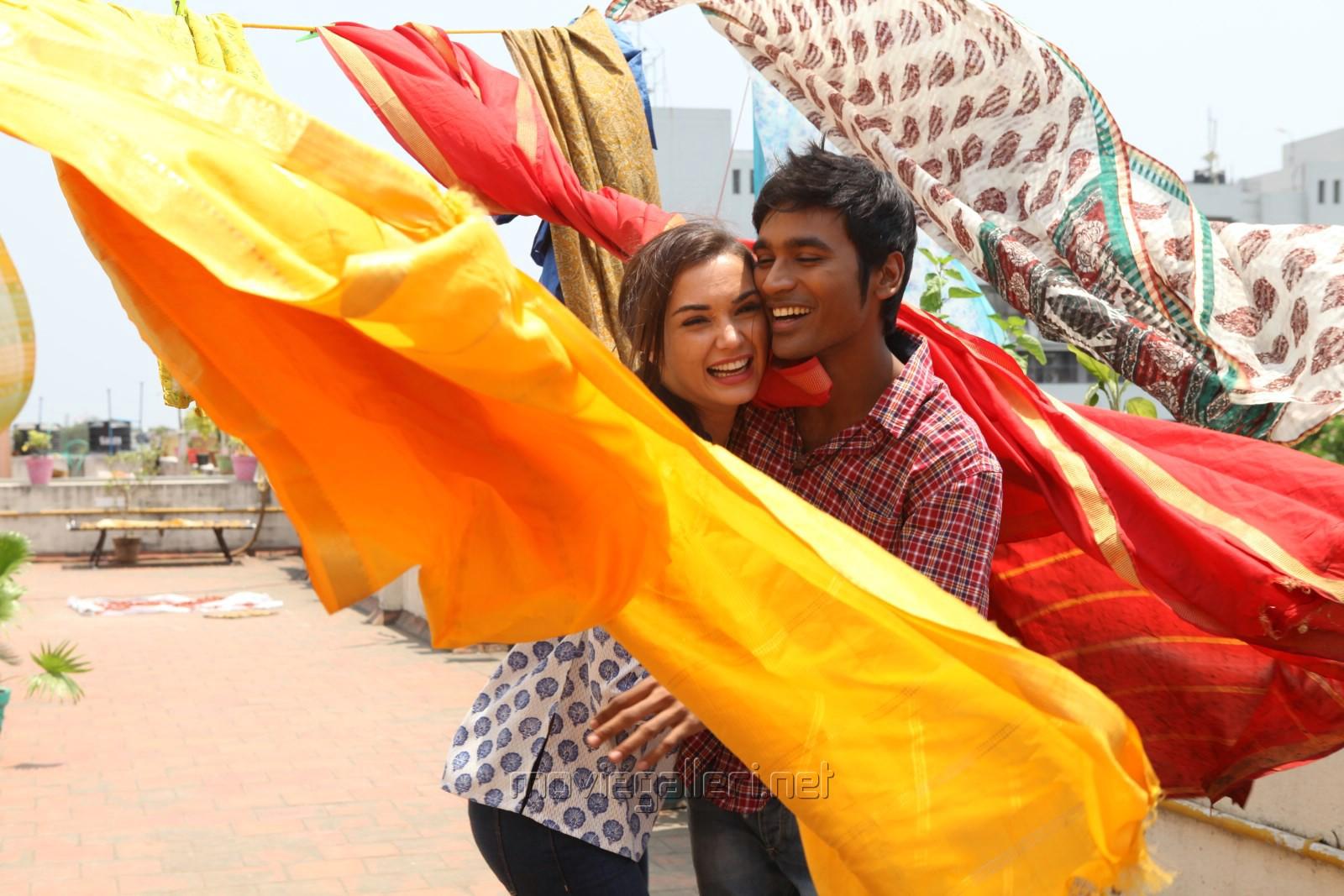 Amy Jackson, Dhanush in Thanga Magan Movie New Stills