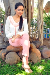 Actress Janani Iyer @ Thegidi Movie Press Meet Stills