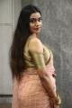 Actress Anisha @ Thenampettai Mahesh Movie Pooja Stills