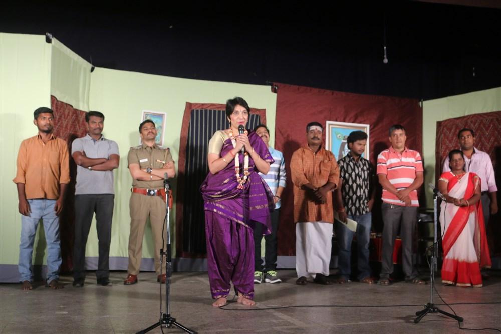 Madhuvanthi Arun @ Thillalangadi Mohanambal Stage Show Premiere Stills
