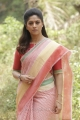 Actress Nadhiya in Thiraikku Varatha Kathai Movie Stills