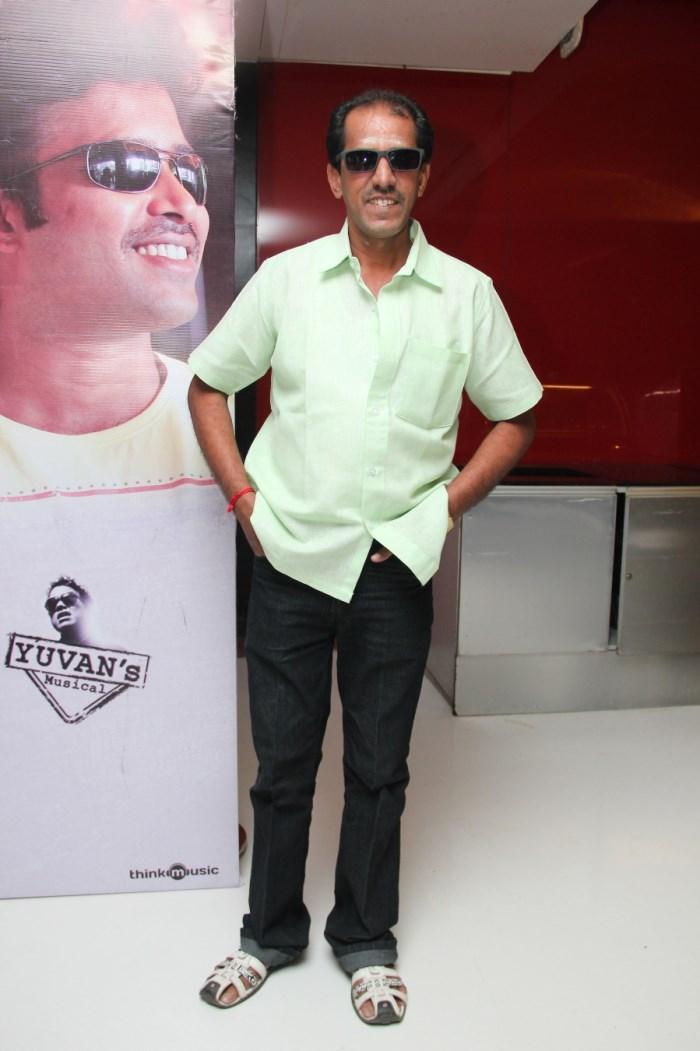 Vaiyapuri @ Thirudan Police Movie Audio Launch Photos