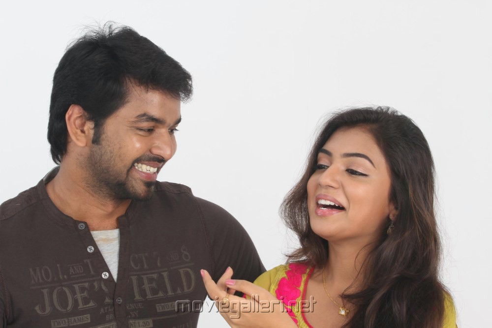 Actor Jai & Actress Nazriya Nazim in Thirumanam Ennum Nikkah Movie Stills