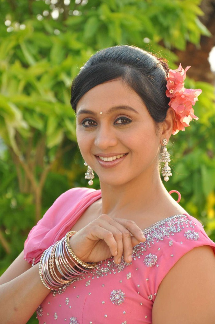 Picture 379022 | Actress Devayani in Thirumathi Tamil ...