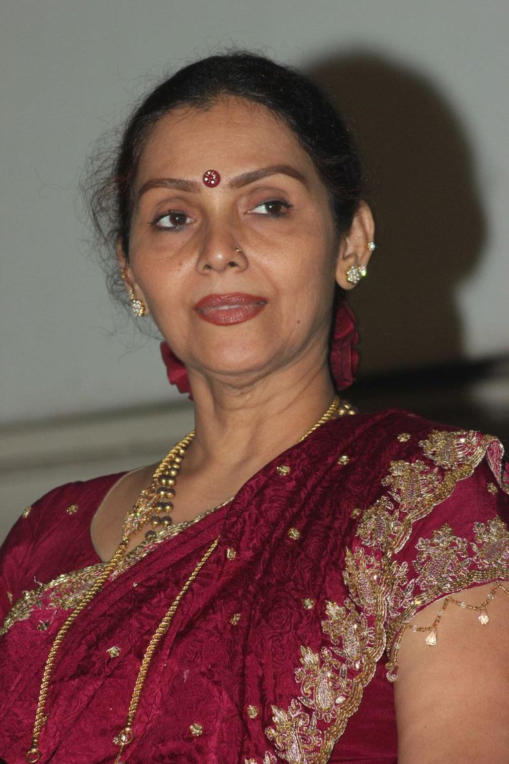 Prabha Movie Stills 110 | Nettv4u.com