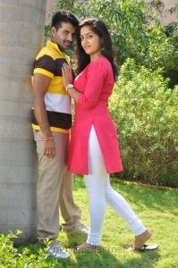 Dilip Kumar, Divya Singh in Thiruppugazh Movie Stills