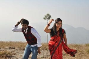 Dilip Kumar, Divya Singh in Thiruppugazh Tamil Movie Stills