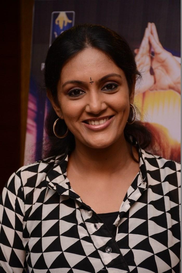 Devadarshini: Actress Devadarshini @ Thiruttu VCD Movie