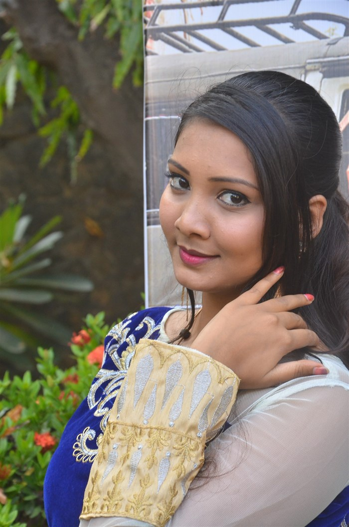 Actress Thanu Shetty @ Thittivasal Movie Audio Launch Stills