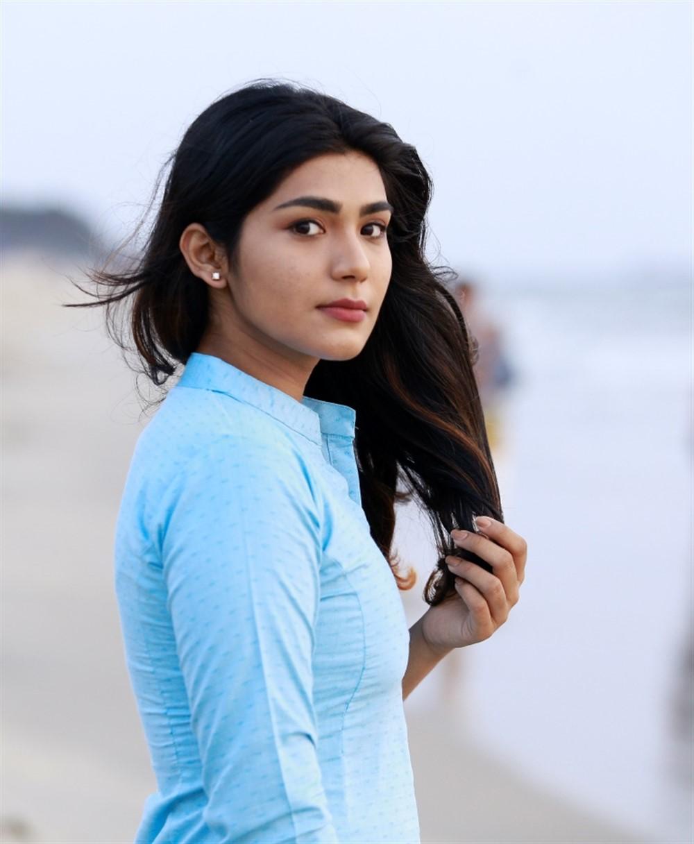 Actress Reshika in Thoduppi Movie Stills