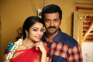 Janani Iyer, Ashwin Kakumanu in Thollaikatchi Tamil Movie Stills