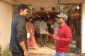 Vijay, Kajal, AR Murugadoss at Thuppaki Shooting Spot Stills