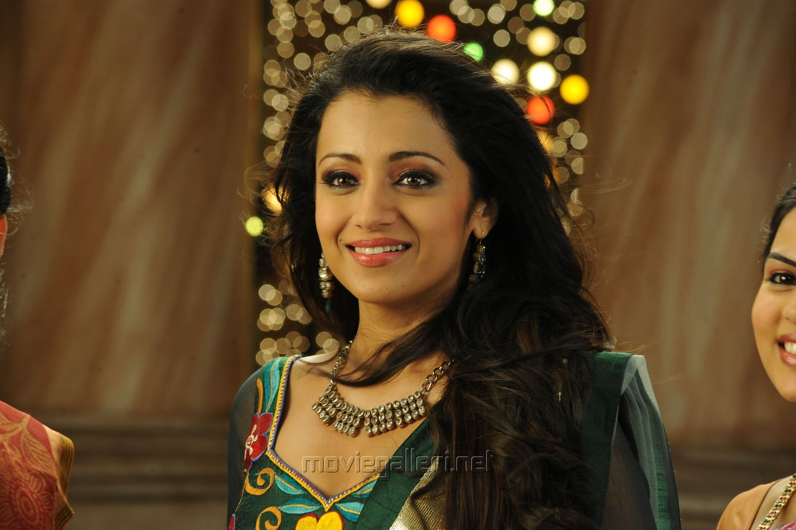 Picture 739621 Hot Trisha In Dammu Hd Wallpapers New Movie Posters