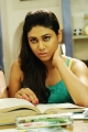 Manisha Yadav in Trisha Ledha Nayanthara Movie Stills
