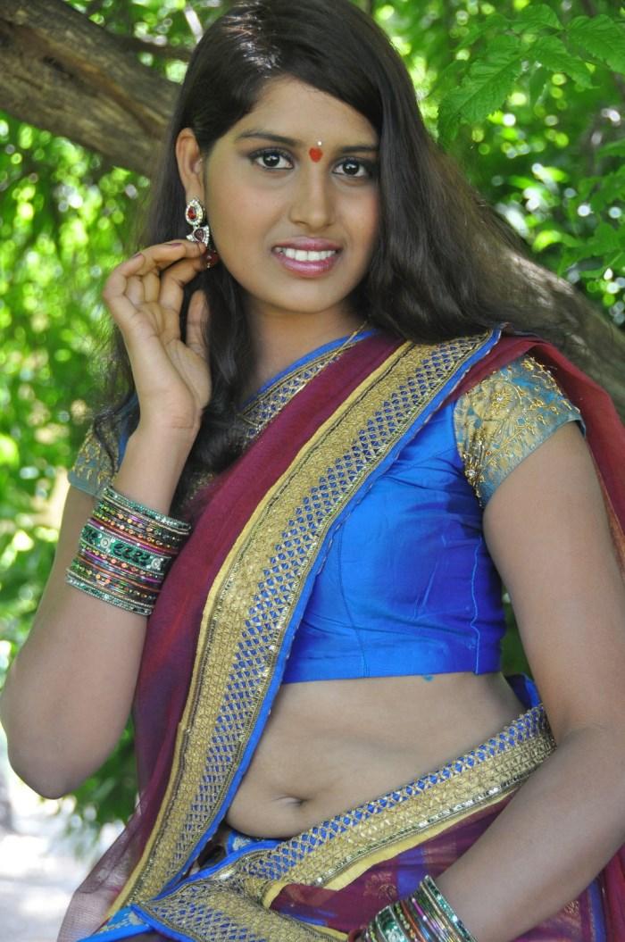 picture 567266 telugu actress tulasi hot stills devudu