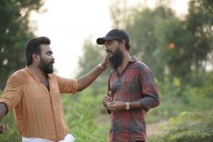 Sasikumar, Era Saravanan in Udanpirappe Movie Images HD