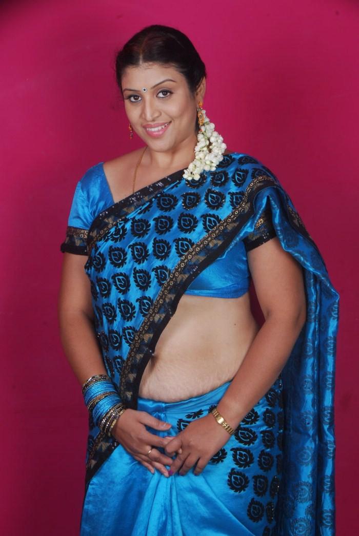 Picture 18257  Uma Telugu Supporting Actress Hot Saree Pics Stills Photos  New Movie -6055