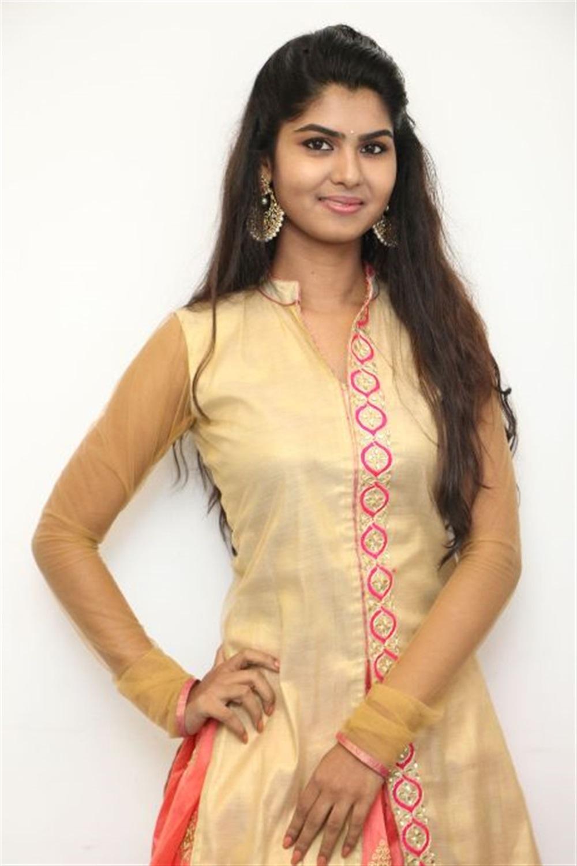Mouna Valai Movie Actress Upasana RC Photos
