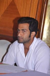 Actor Prithviraj at Urumi Press Meet Stills