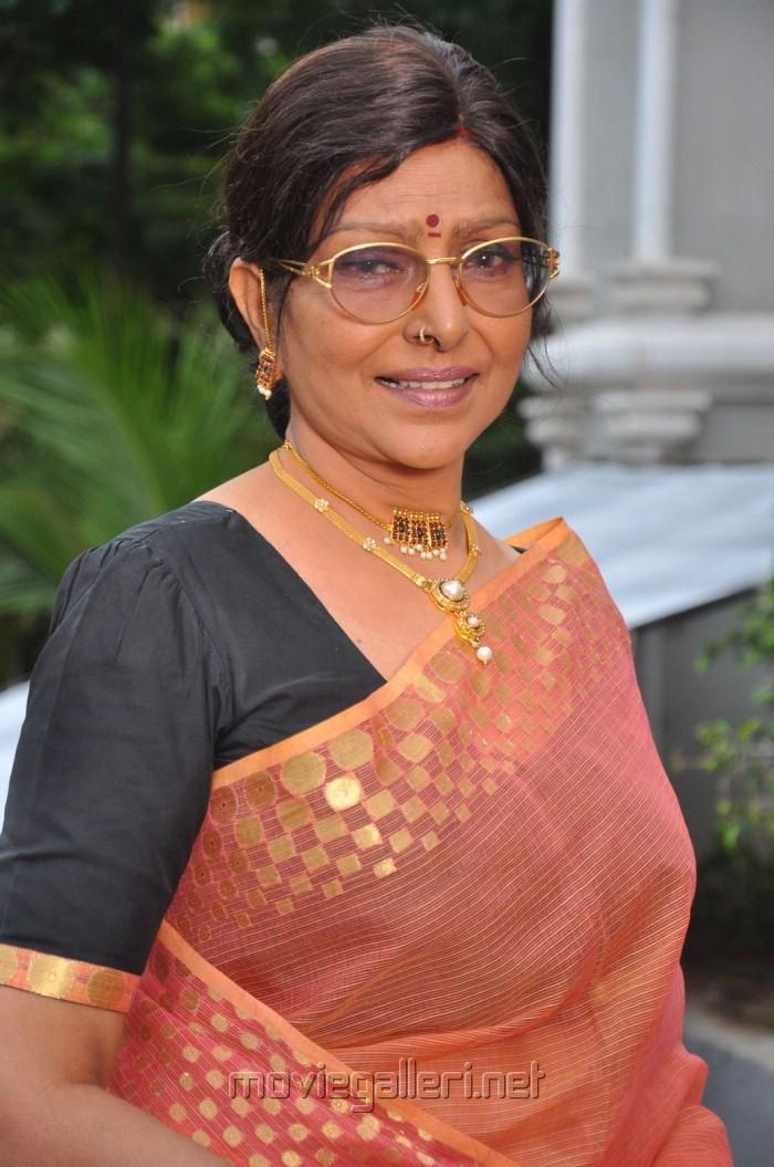 Picture 261149 | Telugu Actress Sharada Stills in Saree | New ...