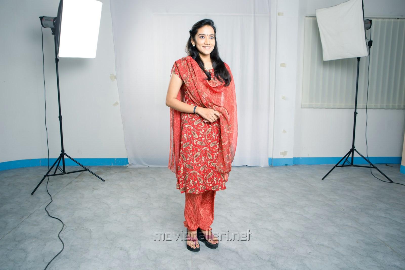 Actress Shruthika in Uyirmei Serial Stills