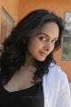 Actress Sridevi Kumar in Vaadu Osthadu Movie Stills