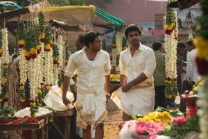 Santhanam, Simbu in Vaalu Movie Latest Stills