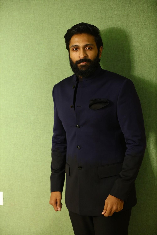 Vikram Prabhu @ Vaanam Kottatum Movie Audio Launch Stills