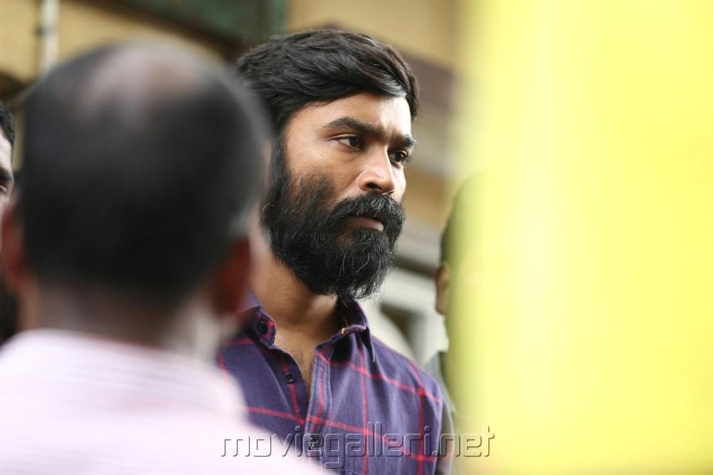 Vada Chennai Hero Dhanush Images