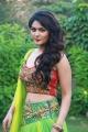 Iruttu Araiyil Murattu Kuththu Heroine Vaibhavi Shandilya Images HD