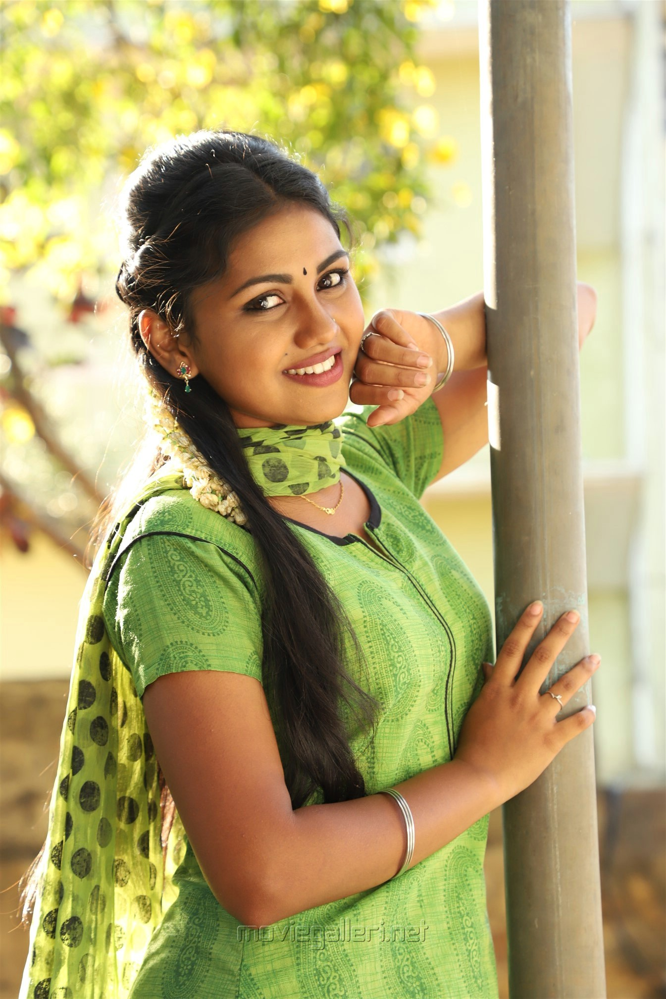 Actress Manishajith in Vakiba Vannakili Barathi Movie Stills