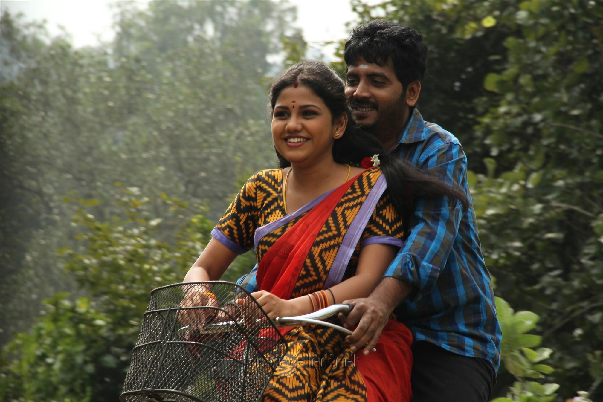 Manishajith, Vijay Karan in Vakiba Vannakili Barathi Movie Stills
