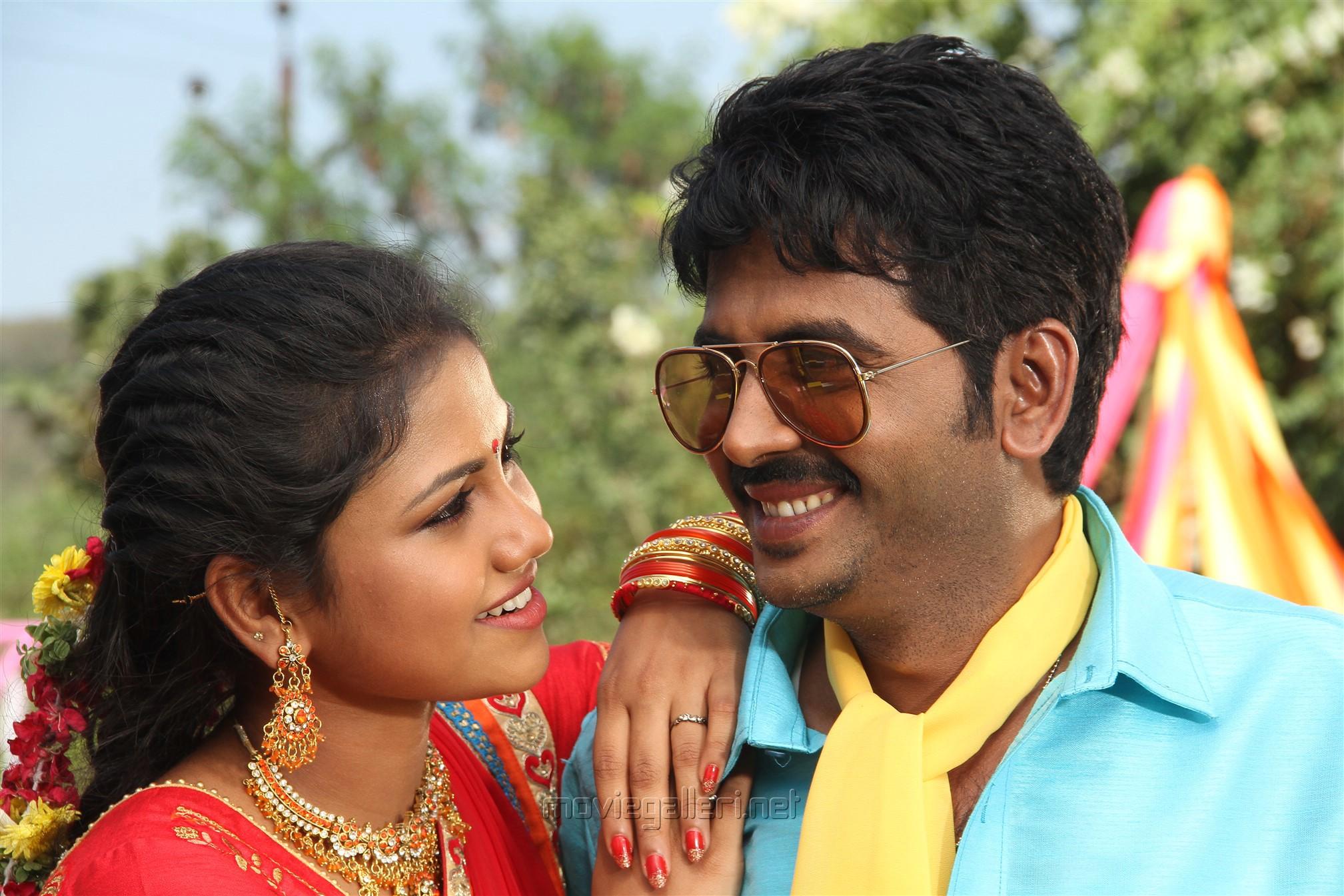Manishajith, Vijay Karan in Vakiba Vannakili Bharathi Movie Stills