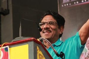 P.Bharathiraja @ Valla Desam Audio & Trailer Launch Stills