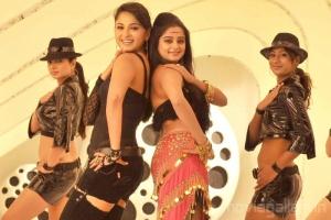 Anushka Priyamani Hot Vambu Movie Stills