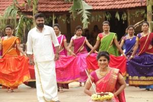 Simbu, Megha Akash in Vantha Rajavathaan Varuven Movie Stills HD
