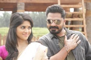 Megha Akash, STR in Vantha Rajavathaan Varuven Movie Stills HD