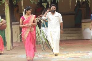Megha Akash, Simbu in Vantha Rajavathaan Varuven Movie Stills HD