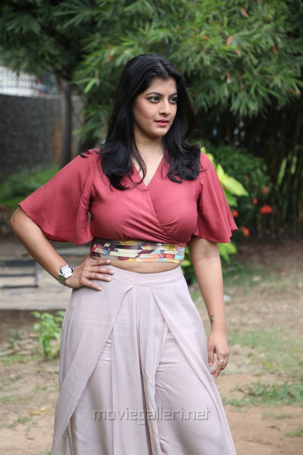Actress Varalakshmi Sarathkumar Latest Hot Images @ Sathya Success Meet